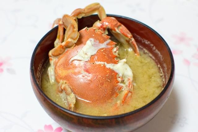 ワタリガニ味噌汁